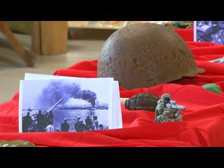 На выставке в школе №2 показали военные раритеты