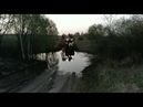 2018 год джон 8335 с культиватором кун краузе, через реку Лоша.