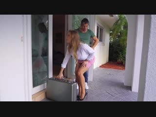 Britney Amber [ПОРНО, Porn, Big Tits Worship, Cheating, Cowgirl, Doggystyle, Gagging, MILF]
