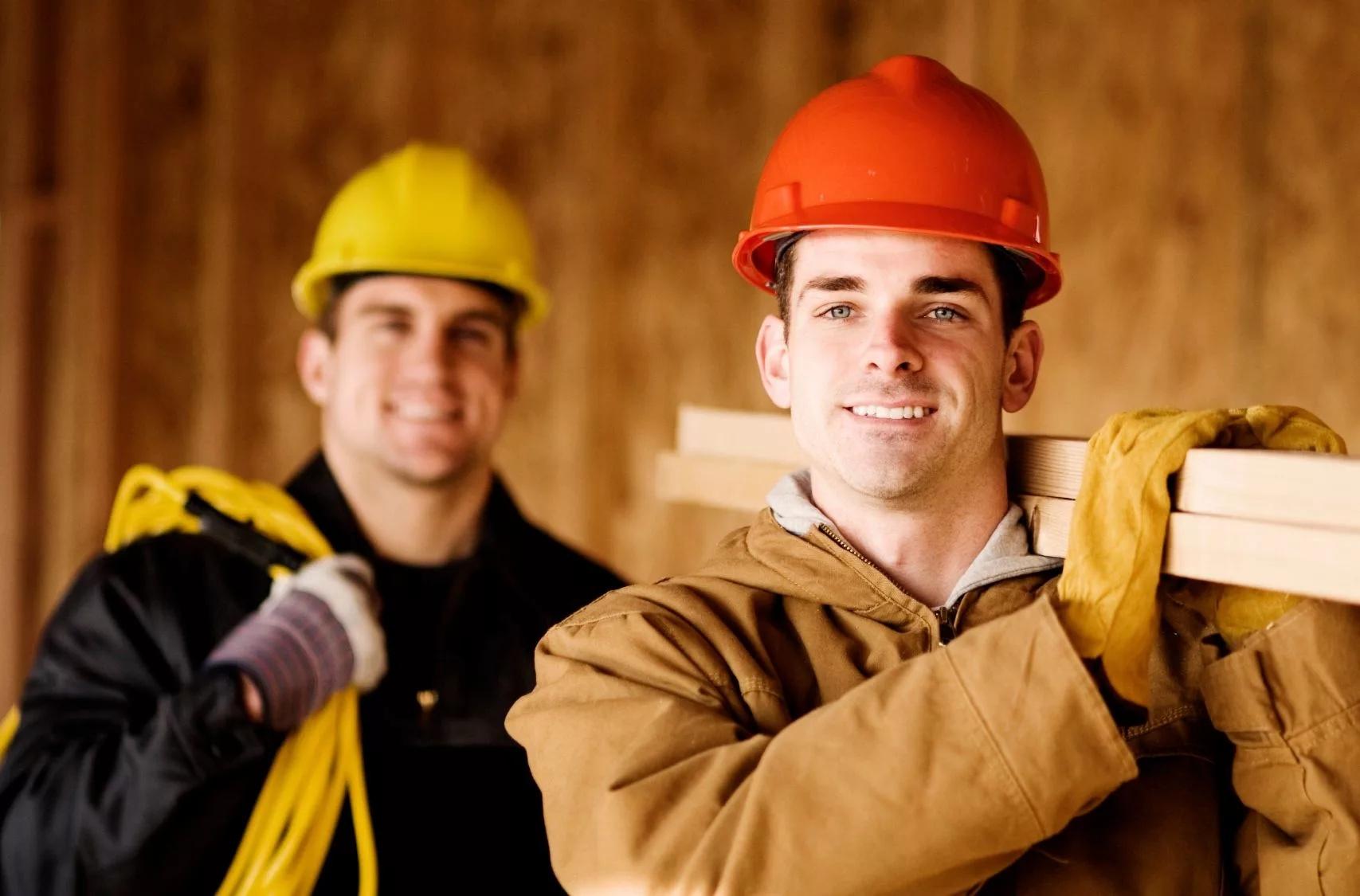 найму рабочих для строительства