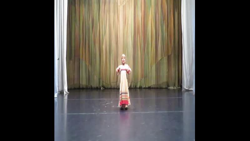 Ой вставала я ранешенько участница театра песни Позитив Атабекова Дарья