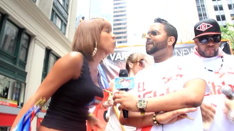Parada Puertorriqueña 2012 @ NYC DJ Lobo Jenny La Sexy Voz Gocho 720p