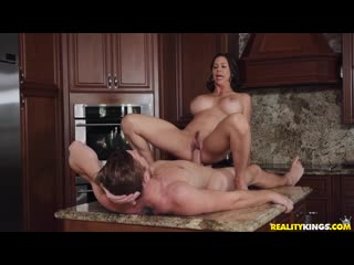 MomsBangTeens 19 12 03 Alexis Fawx - Fountain Of Youth Part 1