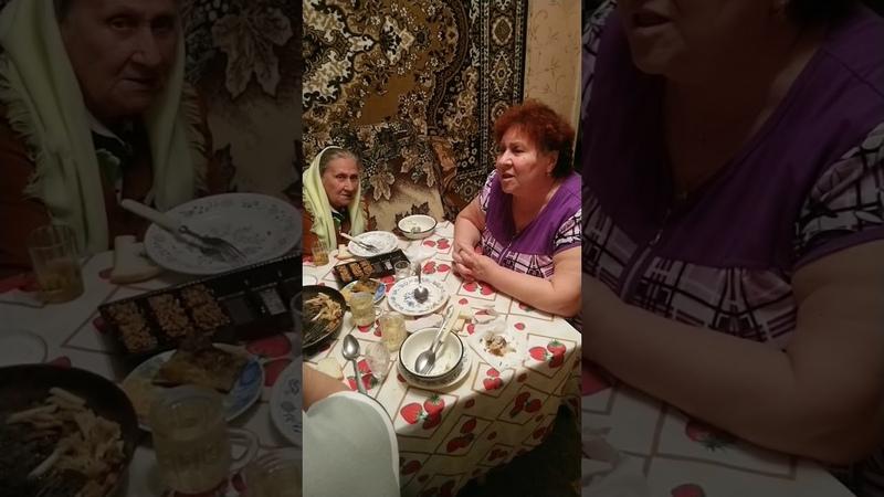"""Песня до слез """"Ох старость не радость поют Екатерина Звоникова и Анастасия Маслова"""