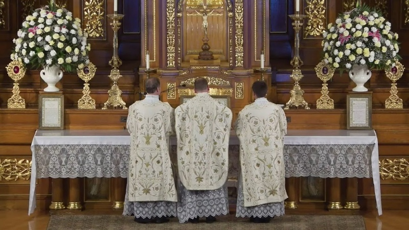 Live Stream Feast of the Purification Extraordinary Form Pontifical Mass Tuesday February 2