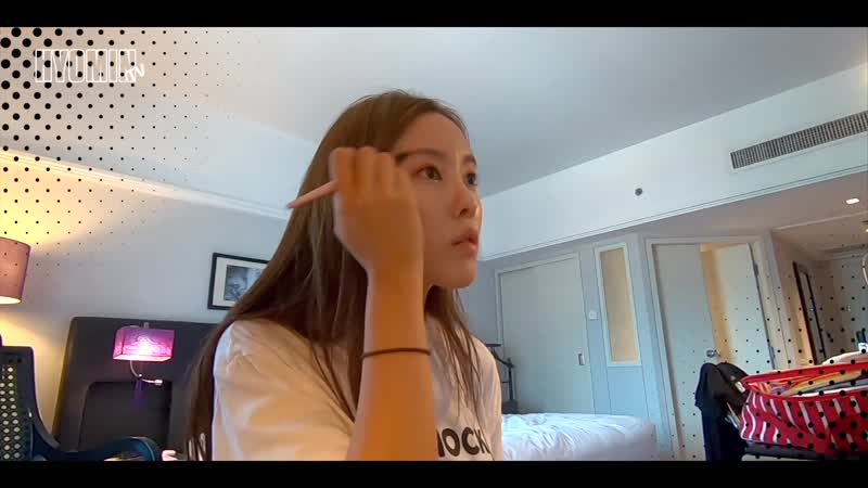 [YT] 190822 Hyomin - youtube - [효민TV] 베트남 ★핵인싸★ 되는 법. _이 구역의 연예인은 나아나_ 라고 외쳐본다....😅😅😅 ※깝횸주의※🚨
