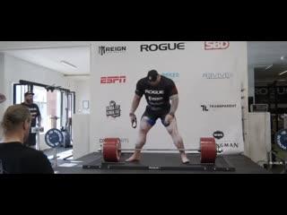 """Гора из """"Игры престолов"""" установил мировой рекорд в становой тяге - 501 кг"""