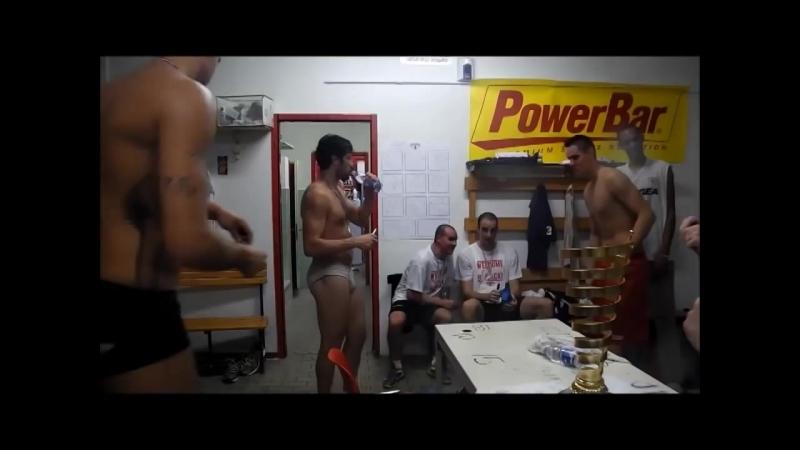 Il trionfo della Giorgio Tesi Group la festa prosegue nello spogliatoio