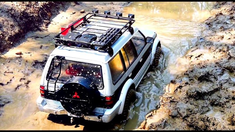 Extreme MUD Mitsubishi Pajero Land Rover Defender OFF ROAD