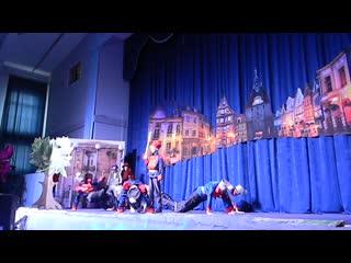 Чёткий танец полицейских. Ребятки все молодцы. Маргарита Николаевна просто супер!!!
