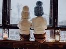 Желаю, чтобы в Новый год…Дед Мороз под ёлочку…положил 3 подарка: - Счастье в дом…Любовь в семью…