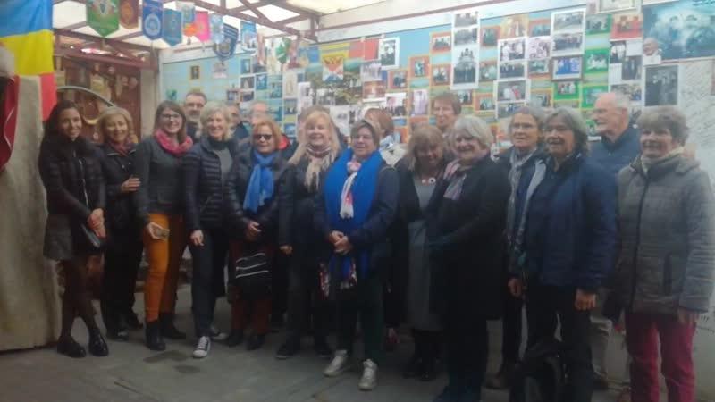 Группа французских туристов на квесте в ст. Старочеркасской, осень