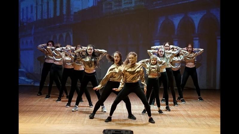 Танец Дэнсхолл в Белгороде. Школа танцев Dance Life. Dancehall dance видео