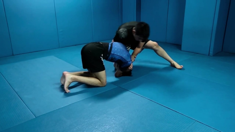 Alberto Serrano - Quarter Nelson Single Leg Defense to Triangle