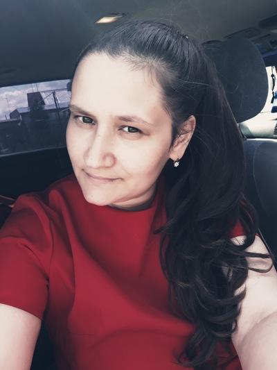 Анна Колокольникова