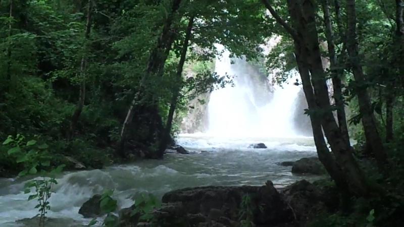 Наш водопад после дождя в горах, 2016г