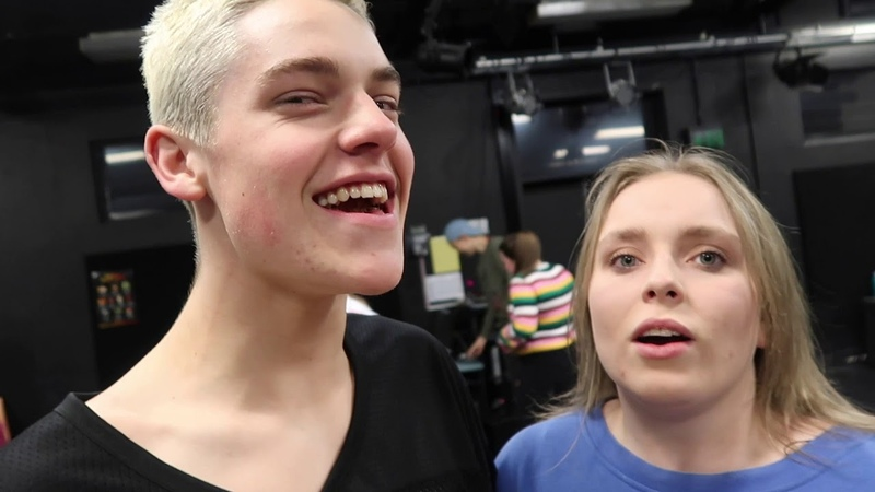 Gimme That Upgrade: Backstage at 'Be More Chill', Episode 6: Jenna Brooke Join Tinder!