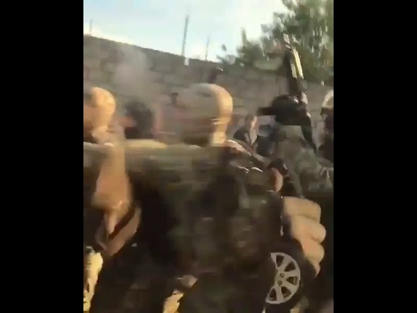 Кабардинские националисты таранят кордон Росгвардии. Кенделен КБР Нальчик