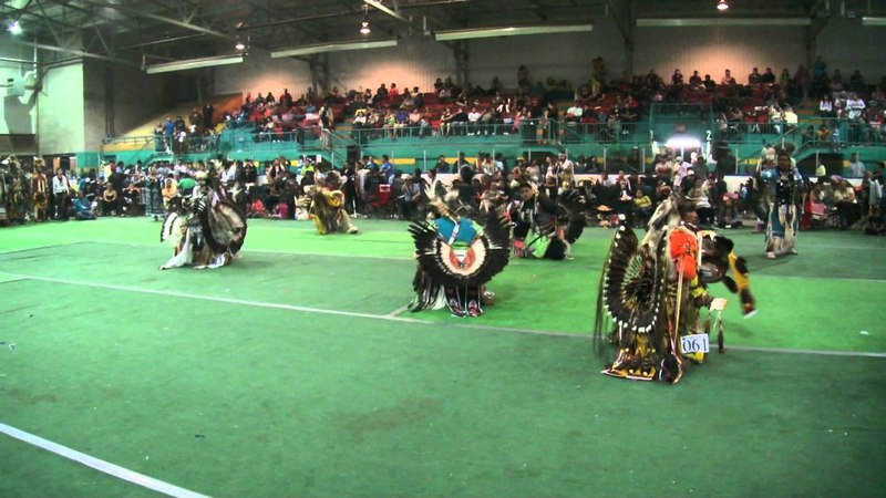 Loon Lake Powwow 2011 Mens Traditional 1 of 4