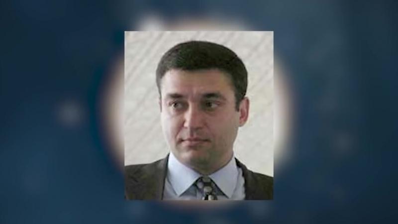 10 տարի առաջ Արմեն Ավետիսյանի տան վրա ավազակային հարձակման պատվիրատուն Ալրաղացի Լյովիկն է նա հետախուզվում է ԱԱԾ
