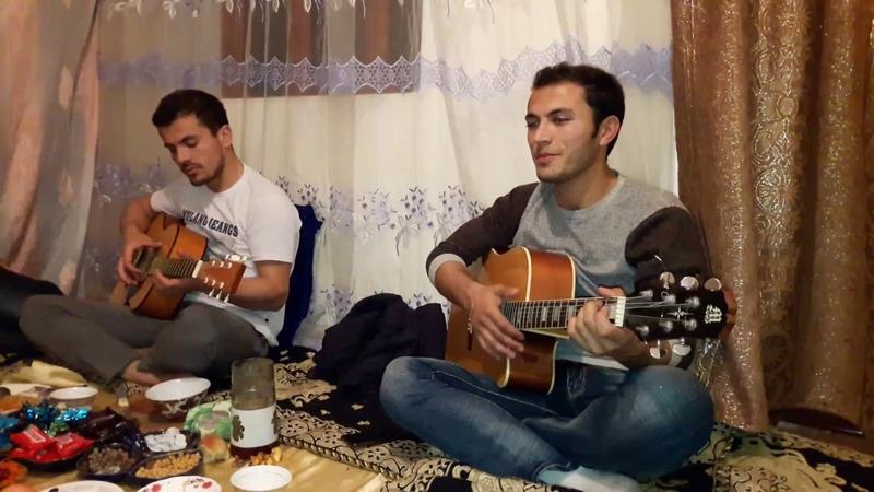 Гариби Суруд бо гитара Салими Лоик Хаставу бемор шудам дар гариби