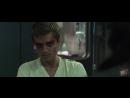 Пит душит Китнисс - Голодные игры Сойка-пересмешница. Часть I 2014 - Момент из фильма