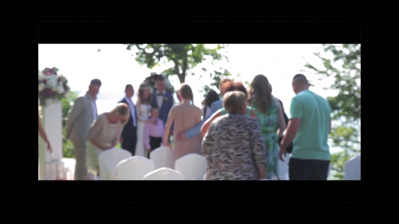 Счастливая невеста и влюбленный жених – главные составляющие бракосочетания! Мы сможем сохранить самые прекрасные мгновения ваш