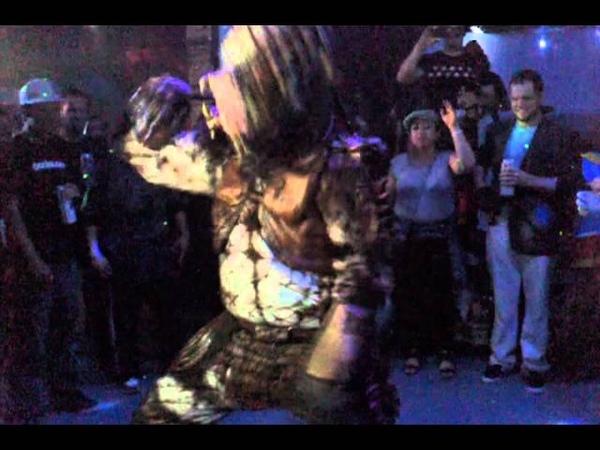 Predator Dancing 2: Electric Boogaloo