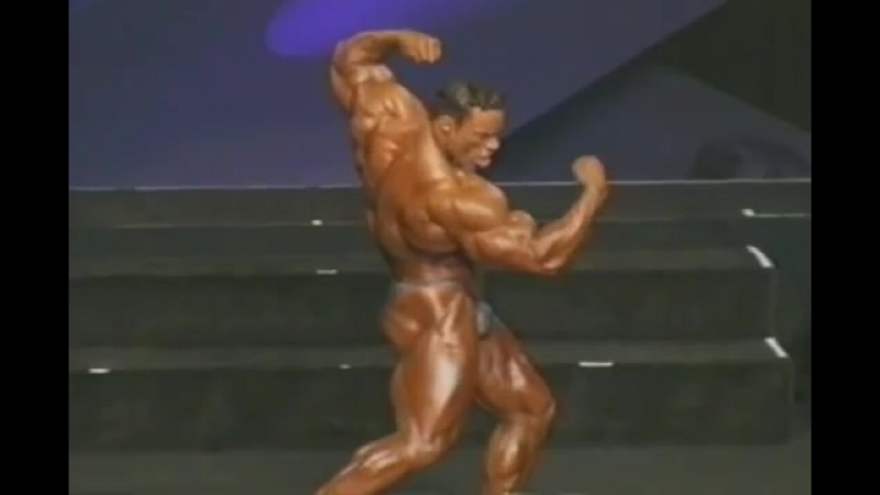Kevin Levrone 2002