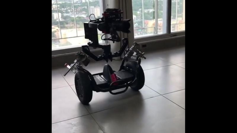 Hey Wall-E❗️😂 This is what Segways are built for. 💪 . . MAKE SURE TO FOLLOW ✅ . AND TAG YOUR FRIENDS ✅
