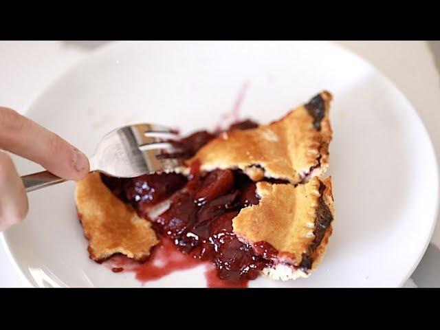 Thrown Cherry Pie (Orange is the new Black)