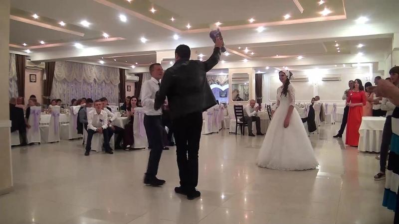 13 обряд знімання фати весілля Яреми та Надії 21 04 2018р