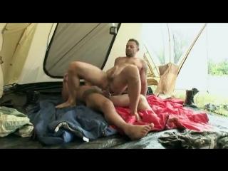 Туристы занимались сексом в палатке смотреть онлайн