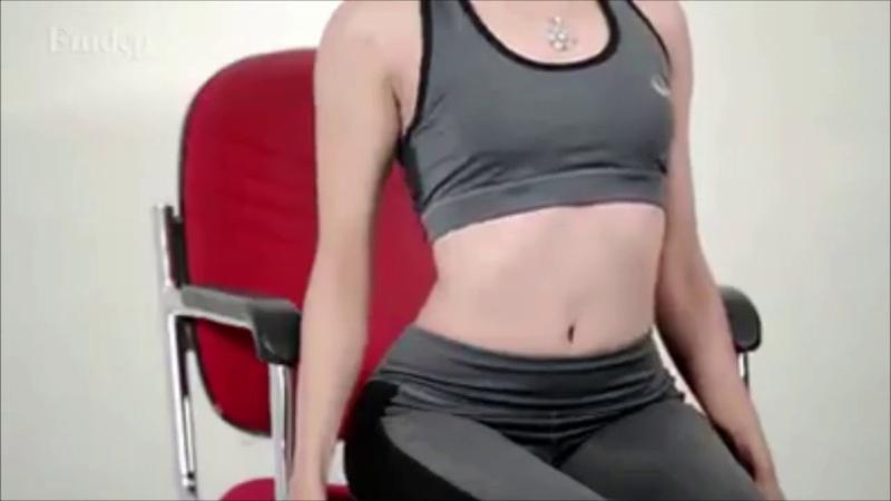 5 động tác yoga trên ghế Hết mỏi lưng, dẻo dai, khỏe mạnh cho dân văn phòng