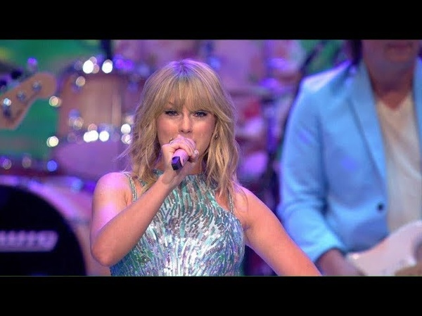 Taylor Swift performing ME! on Germany's Next Top Model Finale