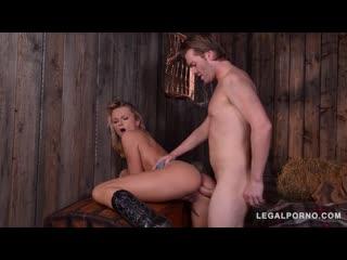 Ivana Sugar - Blonde Bounty Hunter, milf anal porno