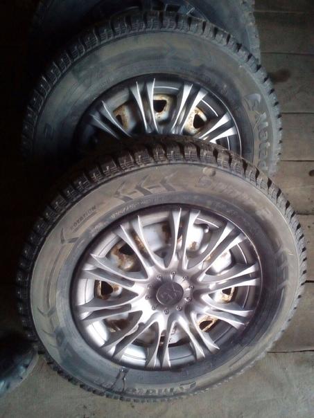 Продам зимние колёса матодор 175/70/13 состояния норм колпаки в подарок цену...