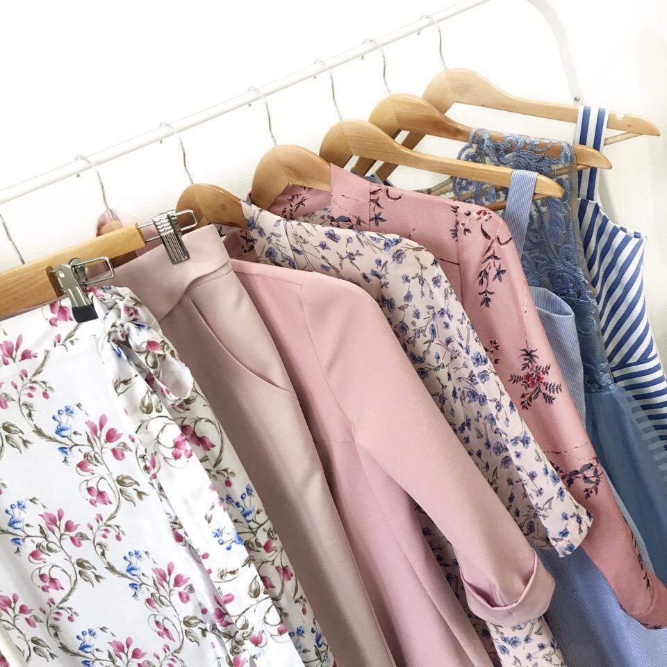 Наше лето в белом, голубом и розовом цветах!