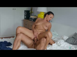 Alyssia Kent - Rained Out - Porno, All Sex Big Tits Blowjob Doggystyle Reverse Cowgirl Missionary Facial, Porn, Порно