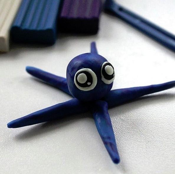 ЛЕПИМ С ДЕТЬМИ ИЗ ПЛАСТИЛИНА Морской обитатель из пластилина. Пластилин является прекрасным материалом для развития творческих способностей ребенка. Детки обожают создавать своими руками