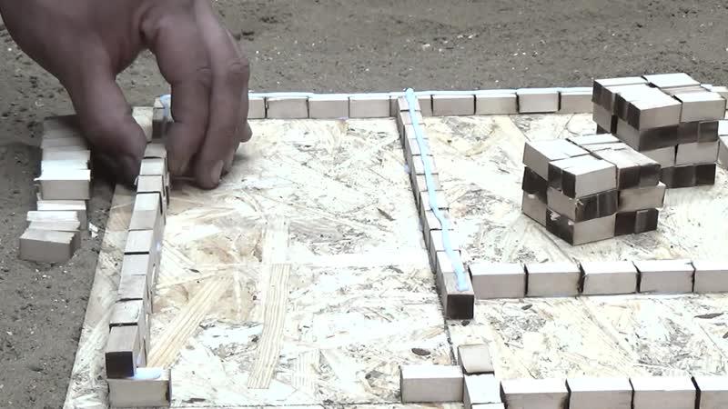 Первая часть постройки мини домика. How to build a MINI house. MINI MODEL HOUSE and FLOORING. BRICKLAYING mini house