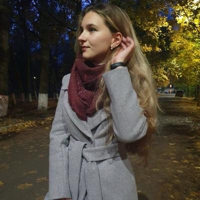 Анна Ковалёва