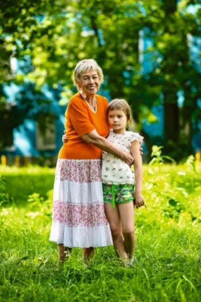 Мы уже писали, что внучку Александры Назаровой взяла под опеку ее младшая сестра. С 10-летней девочкой сейчас все хорошо. Ходит в