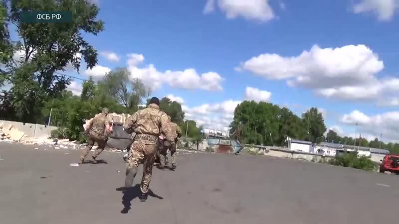 ФСБ России изъяла у черных копателей 77 единиц оружия более 100 килограммов тротила