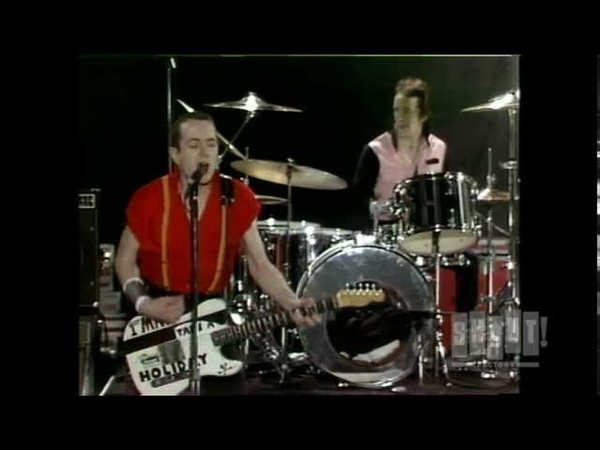 The Clash - London Calling/ Train In The Vain (Live On Fridays)