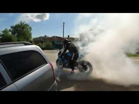 Motodays 1 4К Валим на заднем перекрыли трассу сжог резину 👻
