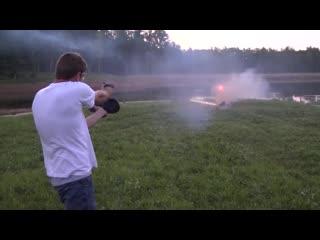 Glock 17 с режимом автоматической стрельбы творит чудеса