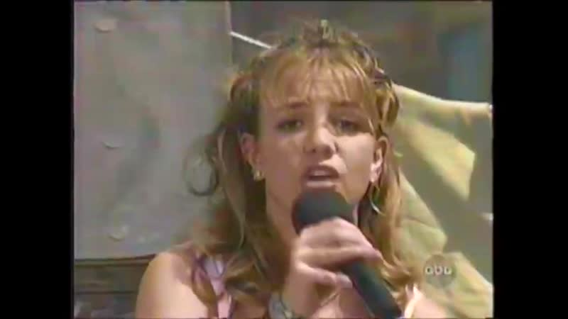 Britney Spears - Speech Baby One More Time (Disney Easter Parade 1999)
