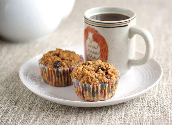 Идеальные варианты здорового завтрака С тебя лайкПолезная овсяная кашаМногим из нас катастрофически не хватает времени по утрам, но начинать свой день со здорового и полезного завтрака не так