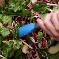 id_39756 Осенний салат с тыквой, грушей и шпинатом 🥙  Автор: Tasty  #gif@bon